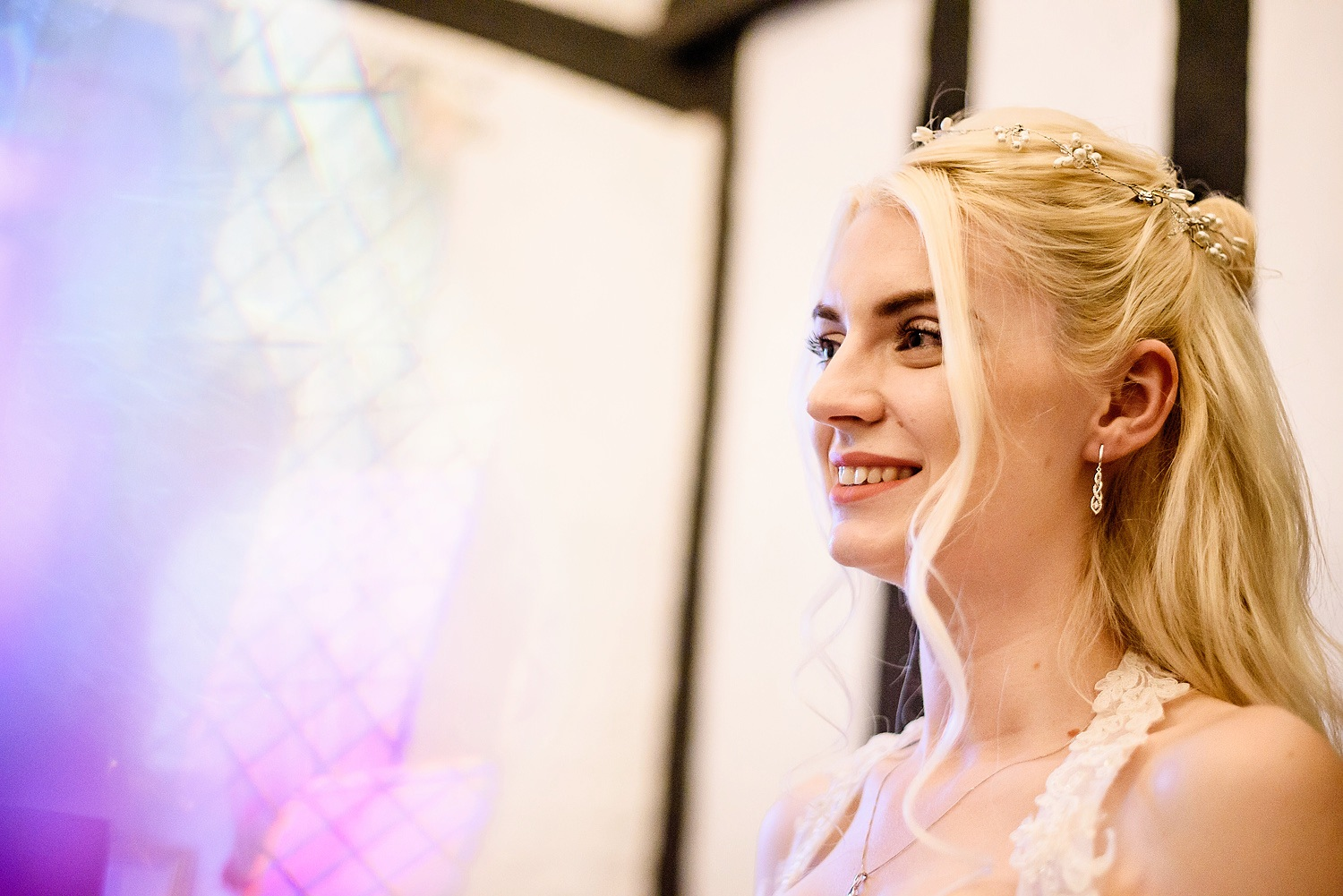 bride getting ready at leez priory in chelmsford